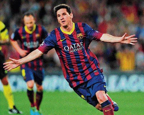 Unbeaten Barcelona brush past Real Sociedad