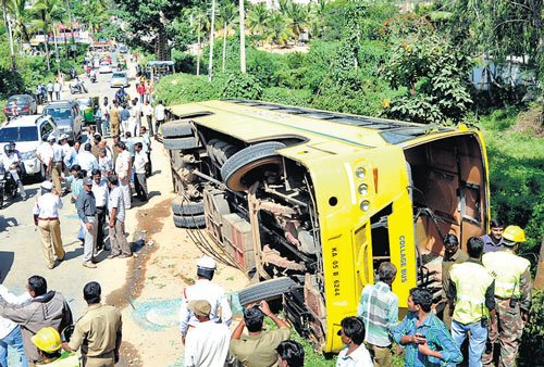 Thirty-four injured as college bus overturns