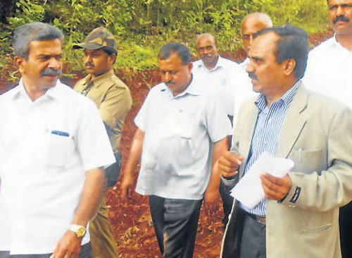 Central team to submit report on rain damage in a week