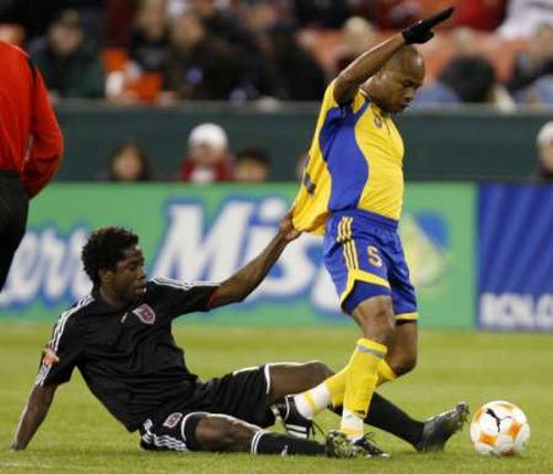Jamaica's Hue suspended for doping