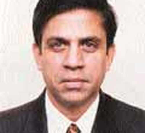 Reliance Power CEO Chalasani resigns, plans to move overseas