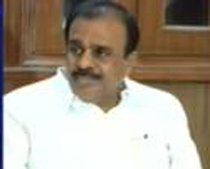 Four Andhra MPs urge speaker to accept resignations