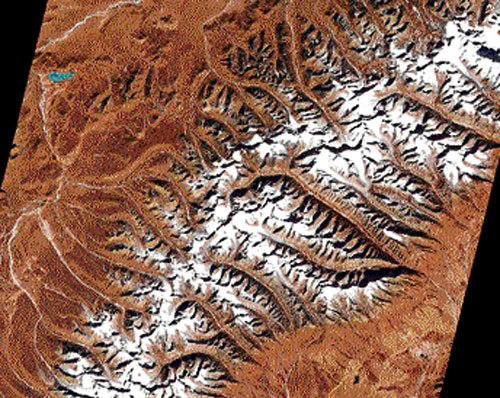 Tibetan glaciers are shrinking at their summits