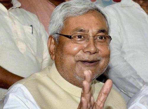 Nitish hails ordinance withdrawal