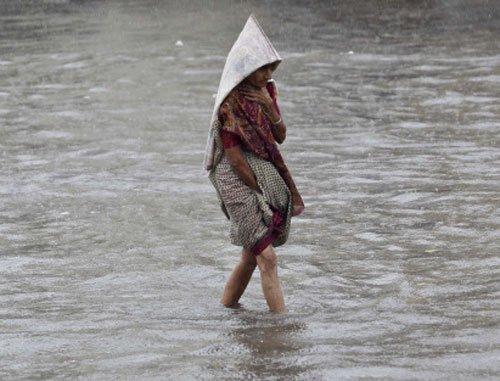 Heavy rain triggers floods in Odisha