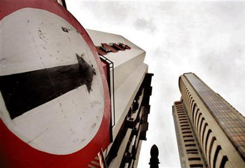 Sensex gains 88.5pts to end at nearly 3-wk high after RBI move