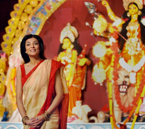Durga's might highlights plight of girl child in Bengal
