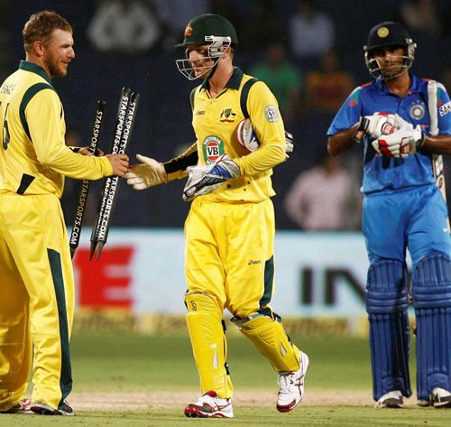 I'm disappointed with both batting and bowling: Dhoni