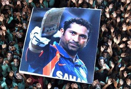The Bat Man wants Sachin to break Lara's 400 Test record