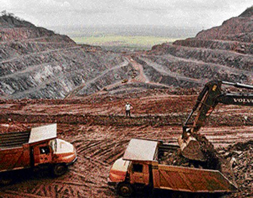 State to refer illegal iron ore export cases to CBI