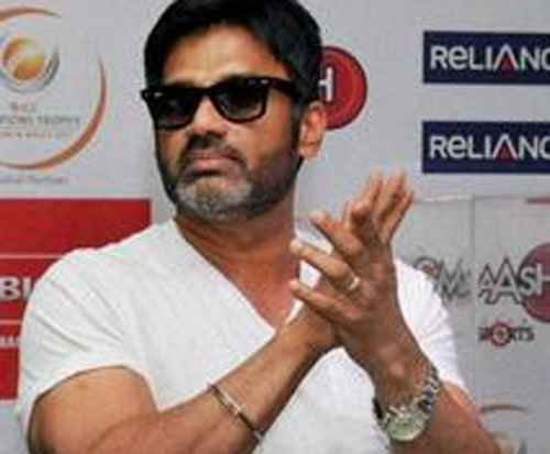 Sunil Shetty pays for treatment of his guard's girl