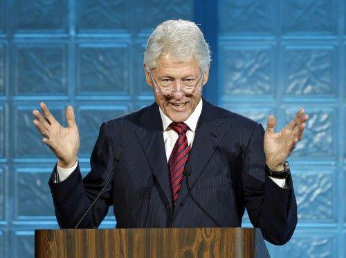 Clinton sought Sharif's help to avert Qaeda attack: document