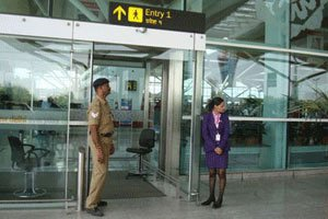 Govt move to privatise 6 airports: AAI employees begin strike