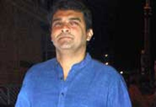 Screwvala steps down from Disney, Siddharth Roy to take over