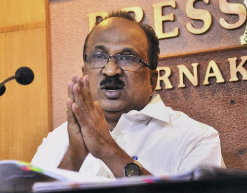 NSEL's godowns weren't regulated properly: Thomas