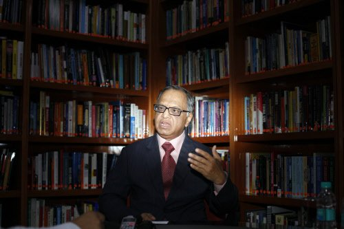 Working to resolve visa issue, says Infy