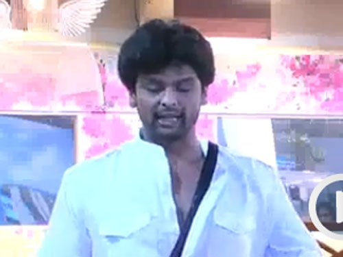 Kushal asked to quit 'Bigg Boss 7'