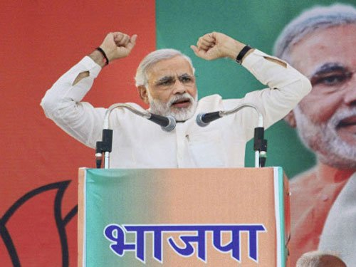 India needs Patel's secularism, not votebank secularism: Modi