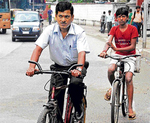 Cycling ahead with enthusiasm