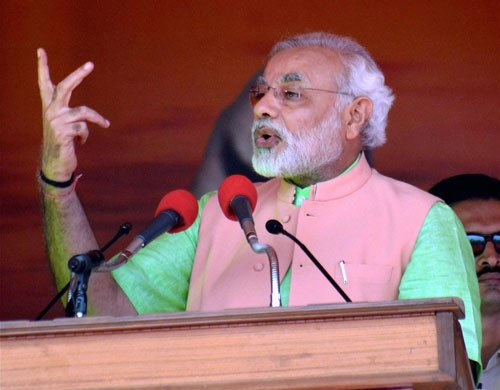 Govt using Indian Mujahideen to stop me, says Modi