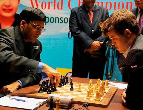 World Chess Championship: First game drawn without bloodshed