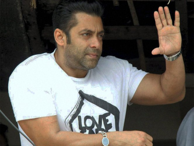 Salman to launch 'Jai Ho' trailer in theatre with fans