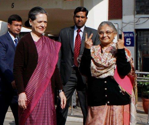 Cong seeks to shift focus to Lok Sabha polls