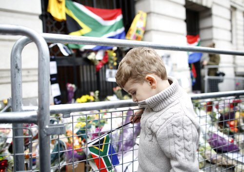 White South Africans' uneasy love affair with Mandela
