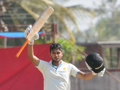 Pandey slams big ton as Karnataka take firm grip