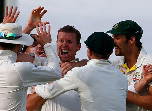 Australia close in on series win