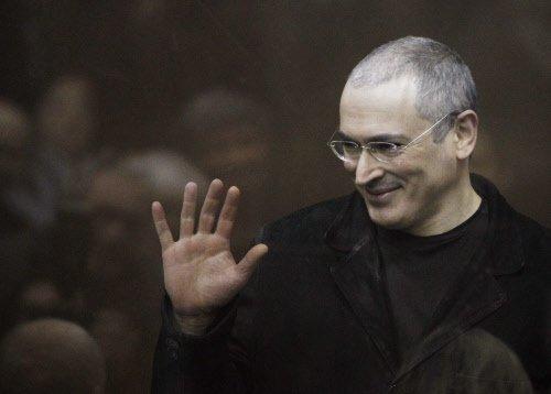 Khodorkovsky starts life as a free man in Germany