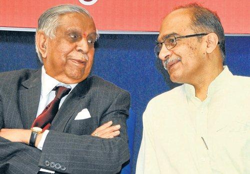 Prashant Bhushan advocates participatory democracy