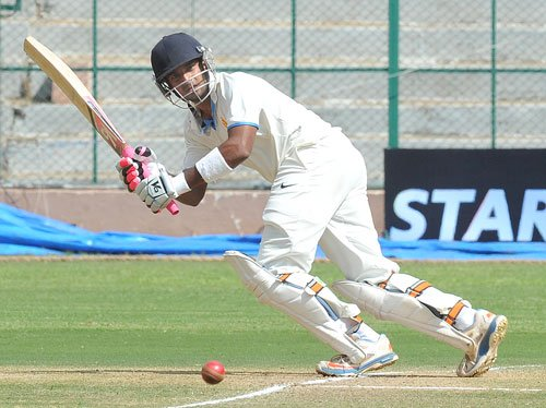 Karnataka-Mumbai encounter heads for an interesting finish