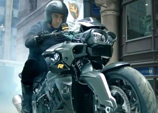 'Dhoom 3' craze grips Pak, box office records tumble
