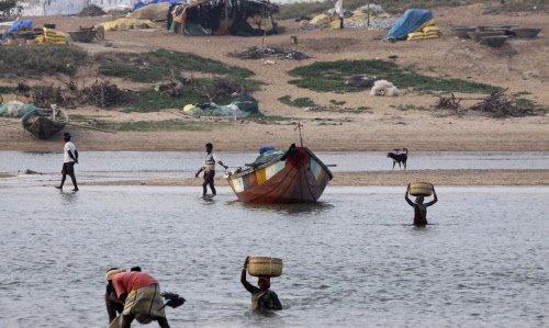 17 Haitians die as boat capsizes in Caribbean