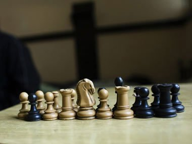 Man kills neighbour to play chess after death