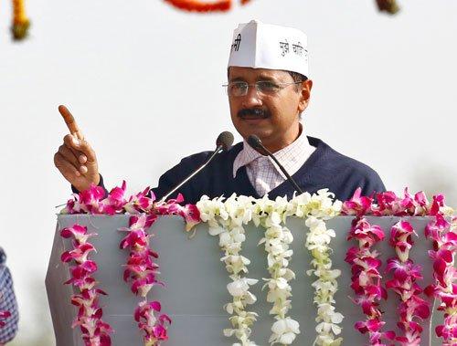 Kejriwal takes over as Delhi CM, promises corruption-free rule