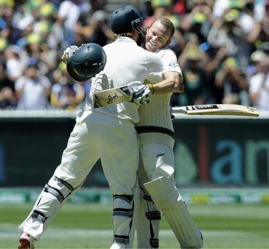 Australia inch towards sweep