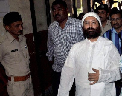 Lawyer held for helping Narayan Sai while on the run