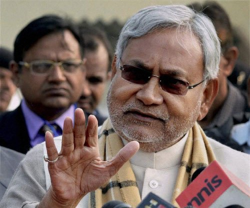 Don't marry off daughters in houses without toilets: Nitish
