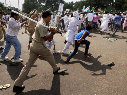 Protest against Muzaffarnagar riots victims' eviction from camps