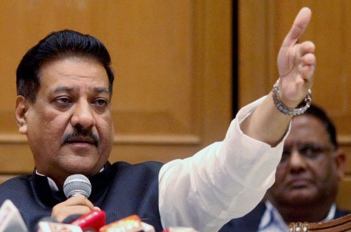Chavan admits to 'political patronage' in Adarsh scam