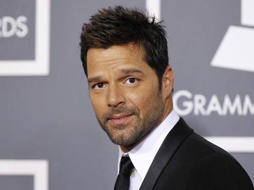 Ricky Martin breaks up with boyfriend