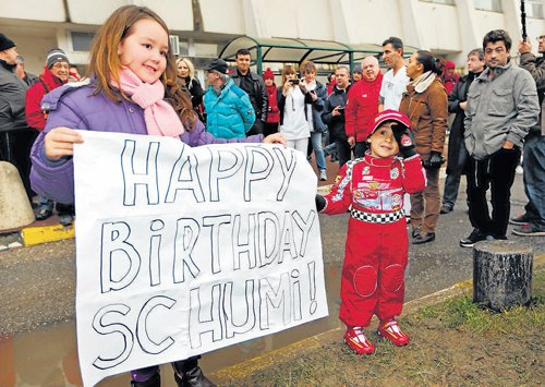 'Schumi won't give up'