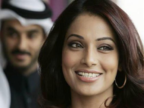 Snippets: Holiday in Goa leaves Bipasha rejuvenated