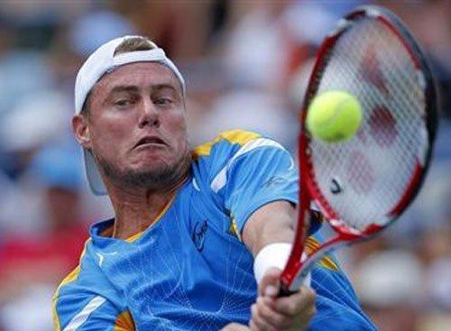 Hewitt prevails over Federer