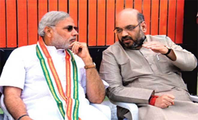 Guj police refuse to register FIR against Modi in snoopgate
