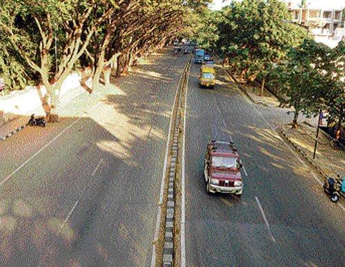 Auto stir leaves passengers in lurch