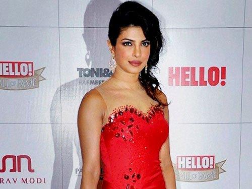 I can romance anybody, says Priyanka Chopra