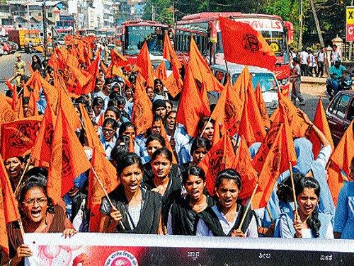 'Stop atrocities on women in neighbourhood'